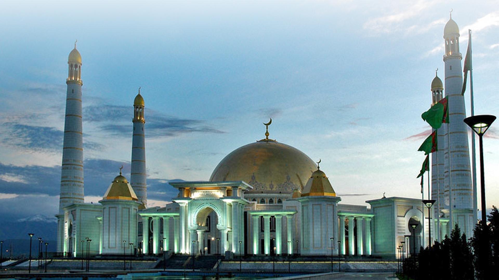 Gypjak Turkmenbashi Ruhy Mosque